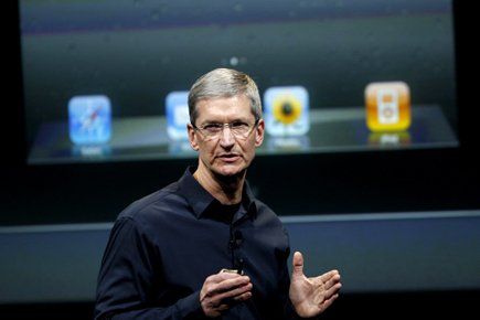 Tim Cook,... (Photo: Reuters)