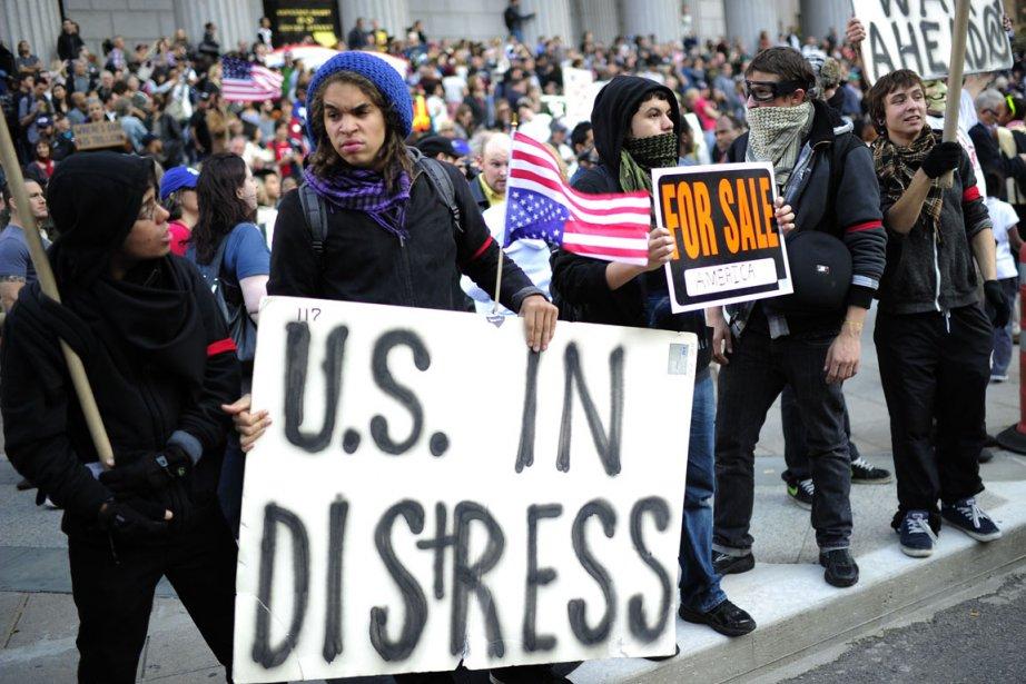 Plusieurs protestataires ont occupé à nouveau Wall Street,... (Photo: Emmanuel Dunand, AFP)