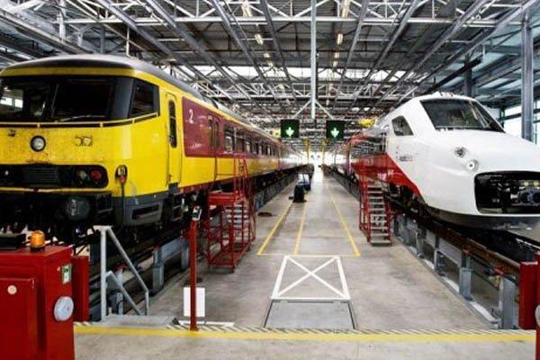 Des trains néerlandais dans un atelier de maintenance.... (Photo: Archives AFP)