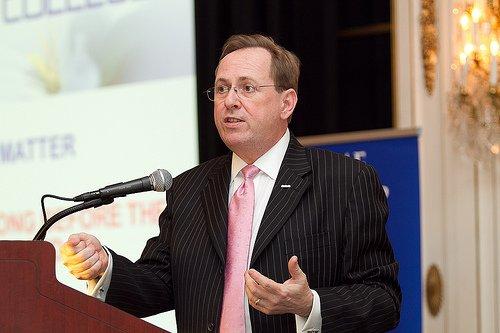 John Wright, le vice-président d'Ipsos Reid.... (Photo extraite de Google)