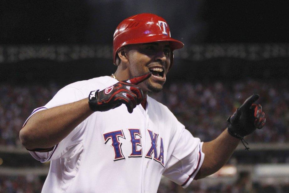 Nelson Cruz a aidé les Rangers à remporter... (Photo: Reuters)