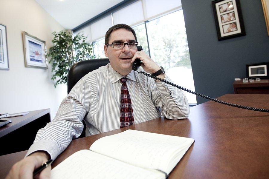 Gilles Courteau, commissaire de la LHJMQ, aimerait éliminer... (Photo: Marco Campanozzi, La Presse)