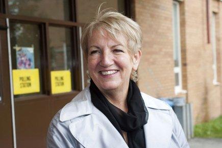 Kathy Dunderdale sera la première femme à la... (Photo: Reuters)