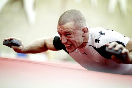 Georges St-Pierre semble vivre pour s'entraîner. Il sera... (Photo: Marco Campanozzi, La Presse)