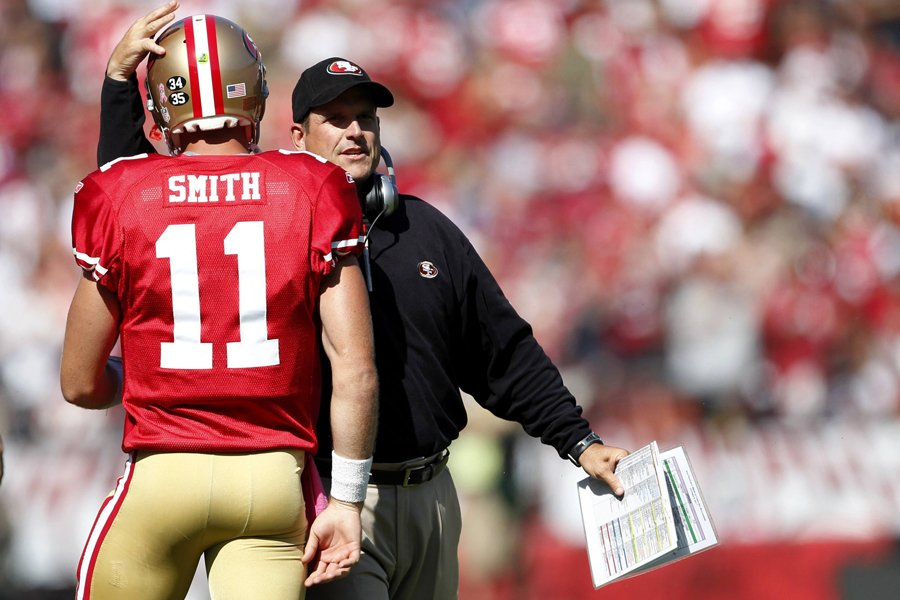 L'entraîneur-chef des 49ers de San Francisco, Jim Harbaugh,... (Photo: Reuters)
