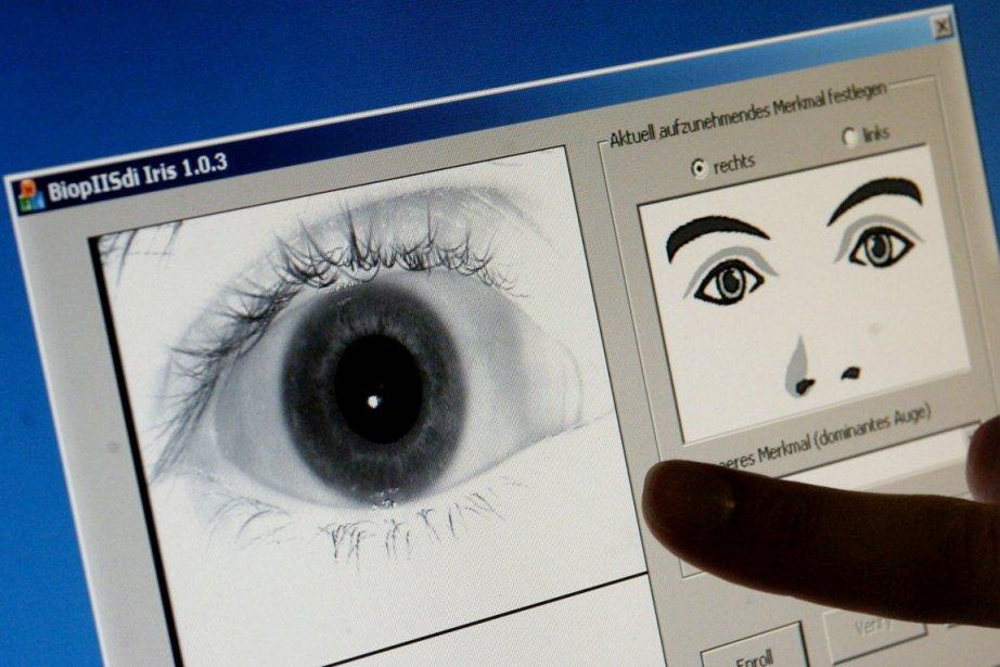 L'imposition de visas biométriques pour Schengen s'inscrit dans... (Photo: Boris Roessler, Archives EPA)