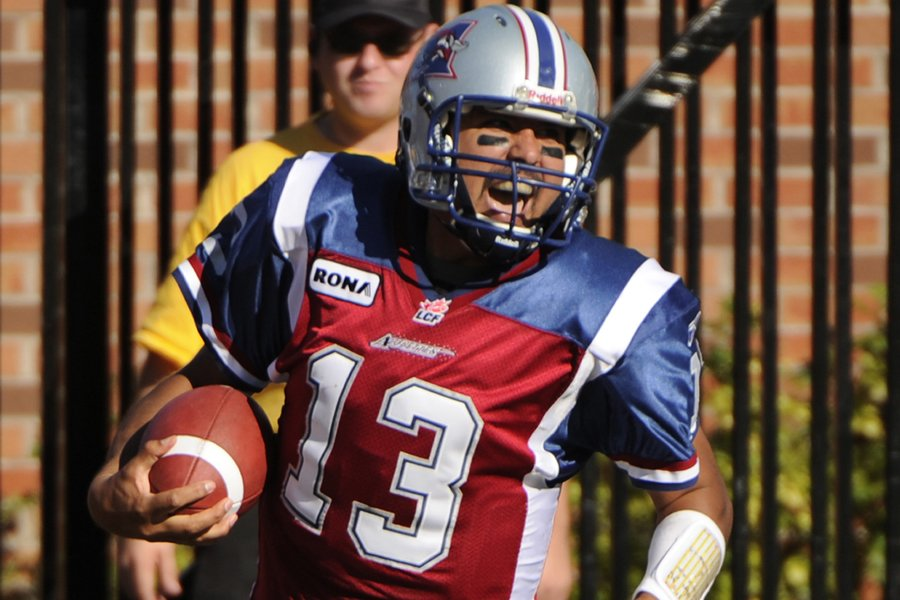 Anthony Calvillo a battu le record de 72... (Photo: Bernard Brault, La Presse)
