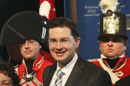Le secrétaire parlementaire Pierre Poilievre s'est déplacé au... (Photo: Le Droit)