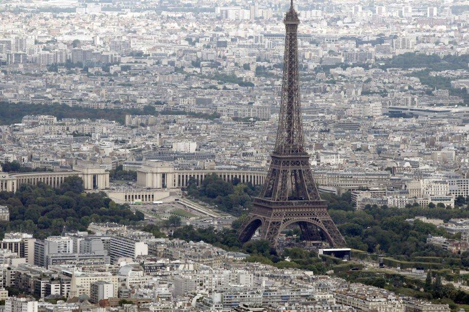La tour Eiffel... (Photo: Reuters)