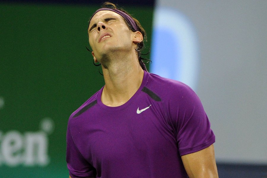 Rafael Nadal s'est incliné en deux manches devant... (Photo: AFP)