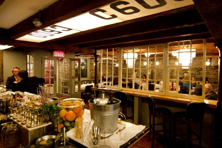 Le restaurant Bremner, décoré de façon rétro, comporte... (Photo: Robert Skinner, La Presse)