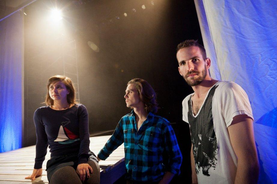 Le dramaturge Éric Noël (à droite), en compagnie... (Photo: Édouard Plante-Fréchette, La Presse)
