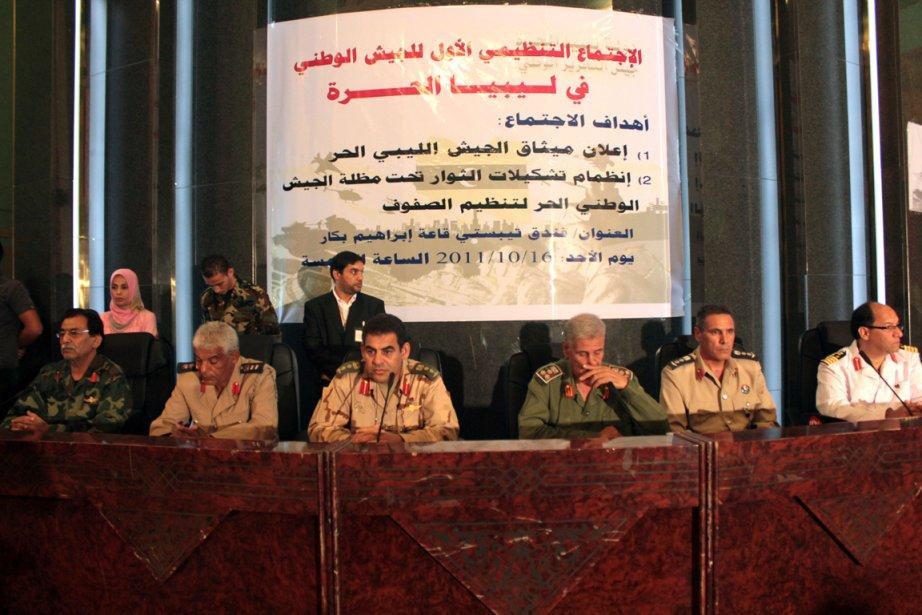 Des officiers de l'ancienne armée de Kadhafi ont... (Photo Abdullah Doma. AFP)