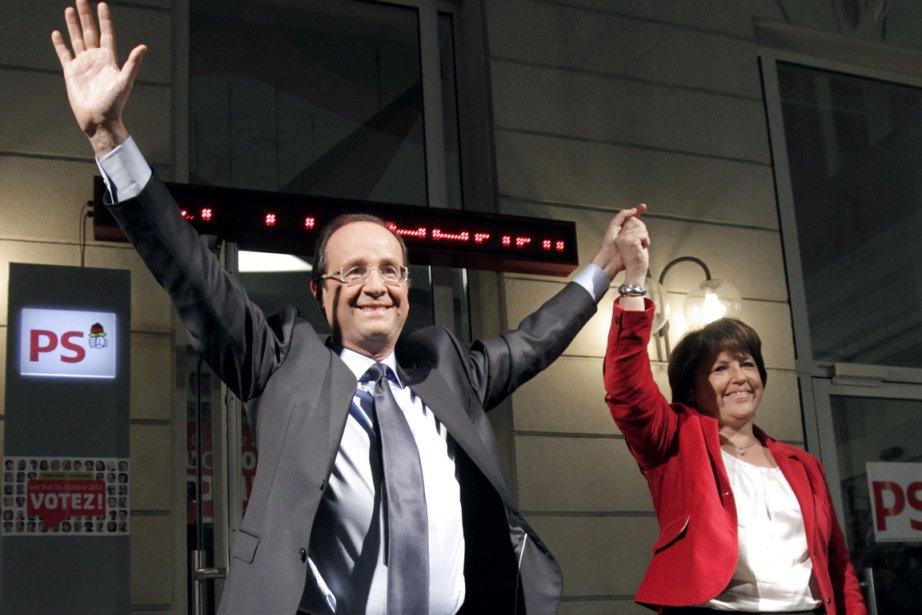 Martine Aubry reconnaît la victoire de François Hollande... (Photo Thomas Samson, AFP)