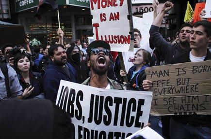 Le mouvement Occupy Wall Street s'est dirigé vers... (Photo: Étienne Ranger, Le Droit)