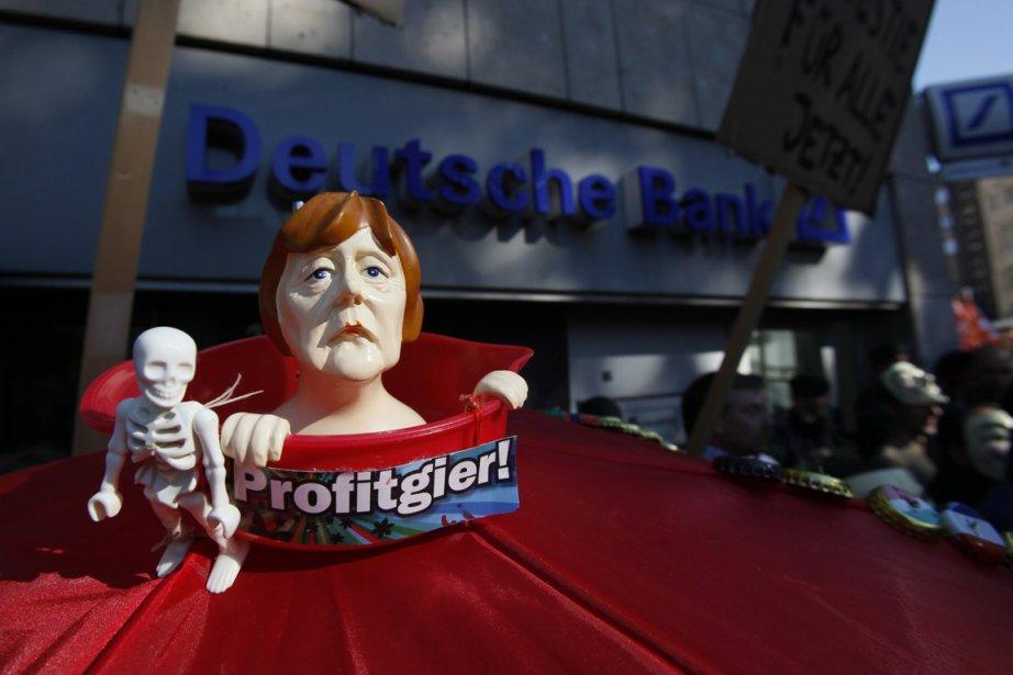 Une représentation de la chancelière Angela Merkel qualifiée... (Photo: Reuters)
