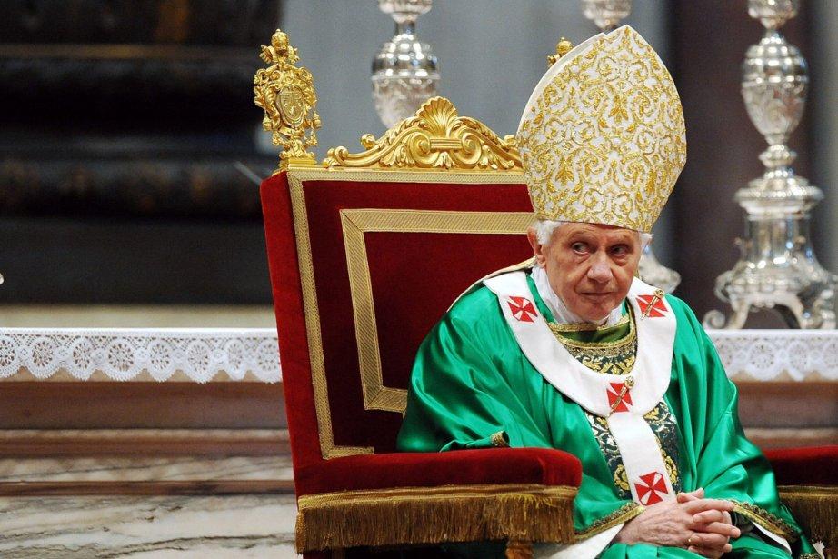 Le pape Benoît XVI lors d'une messe à... (Photo: AFP)