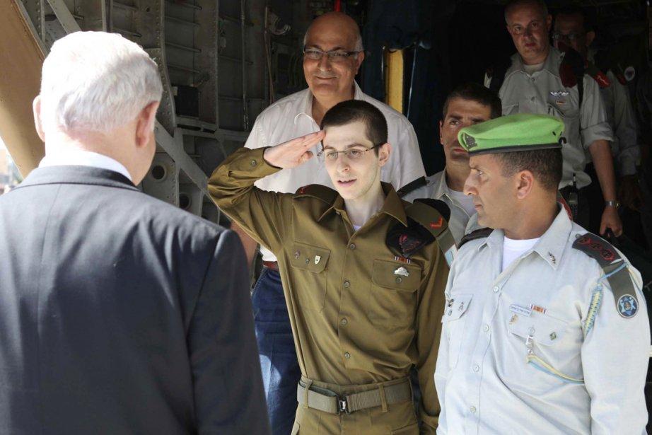 Le soldat israélien Gilad Shalit, libéré mardi après 1941 jours de détention...