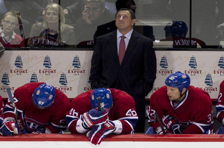L'entraîneur du Canadien Jacques Martin regarde le tableau... (Photo: Hugo-Sébastien Aubert, La Presse)