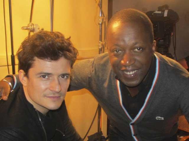 L'acteur Orlando Bloom m'a révélé récemment qu'il s'est inspiré de rockstars telles que Freddie Mercury et David Bowie pour se mettre dans la peau du très coloré duc de Buckingham, son personnage dans le film Les Trois Mousquetaires, où il donne la réplique à Milla Jovovich. | 20 octobre 2011