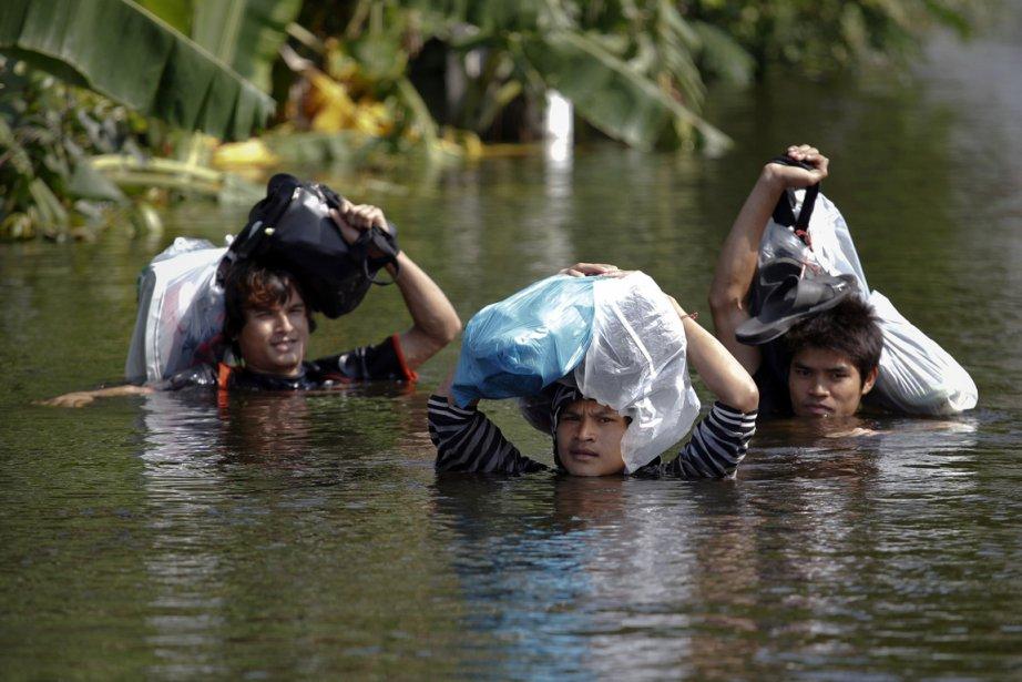 Les télévisions du monde entier ont montré des... (Photo: Reuters)