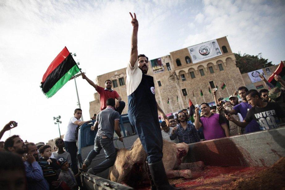 «Déclaration de libération. Levez haut vos têtes. Vous... (Photo: AFP)