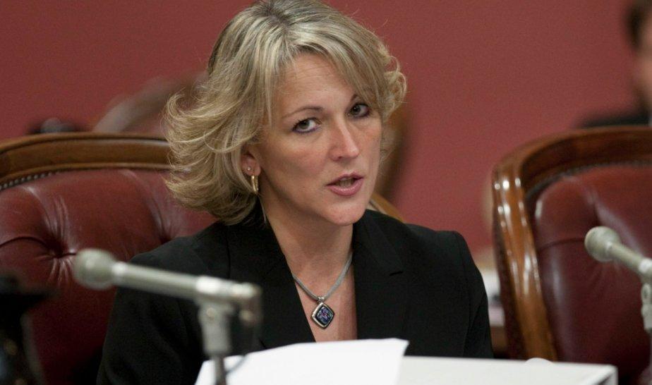 La ministre du Travail, Lise Thériault, a dénoncé... (La Presse Canadienne)