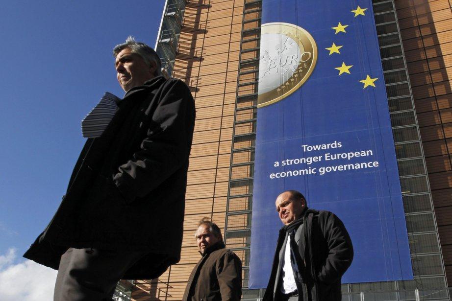 Tous les regards étaient tournés vers Bruxelles hier,... (Photo Reuters)