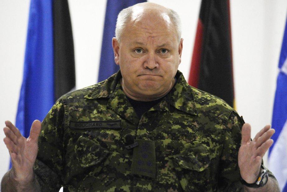 Le lieutenant-général québécois Charles Bouchard, commandant de l'OTAN... (Photo: Salvatore Laporta, AP)