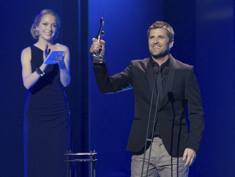 Marc Dupré a remporté le Félix pour l'album pop-rock de l'année. | 30 octobre 2011