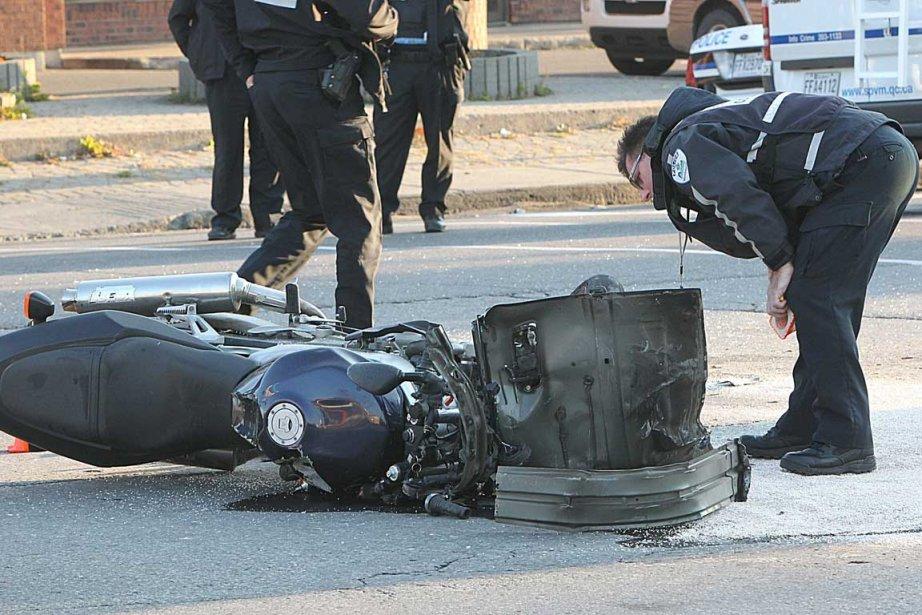 L'homme a été éjecté de sa monture après... (Photo Patrick Sanfaçon, La Presse)