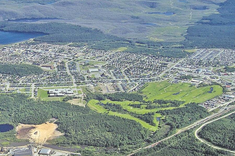 La ville de Chibougamau, vue à vol d'oiseau.... (Photo Sébastien Aubert, archives La Presse)