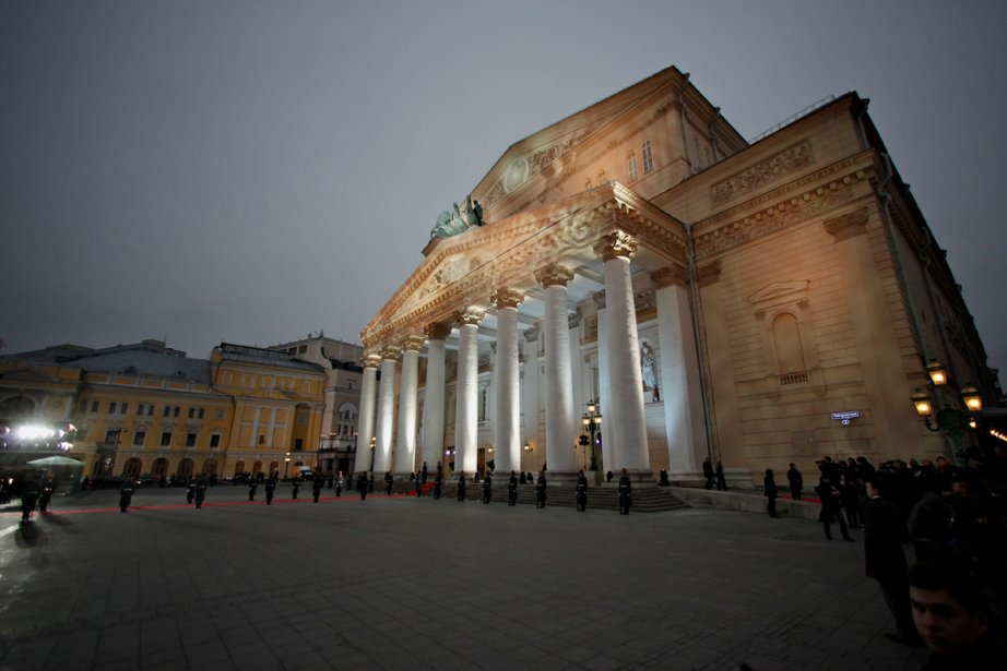 Le théâtre Bolchoï de Moscou... (Photo: Alexander Zemlianichenko, Associated Press)