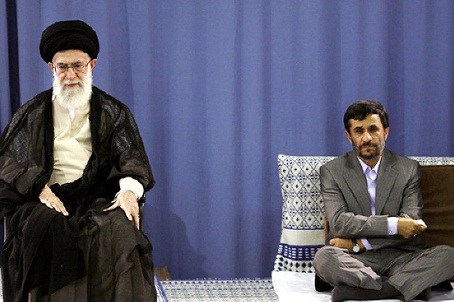 Le guide suprême iranien Ali Khamenei (à gauche)... (Photo: Archives AFP)