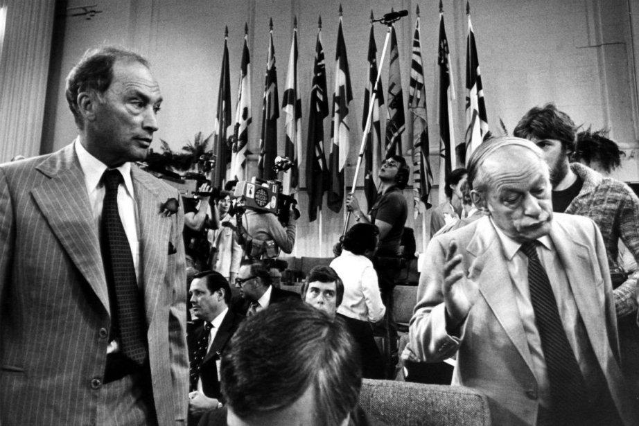 Pierre Elliott Trudeau et René Lévesque au deuxième... (photo: archives la presse canadienne)
