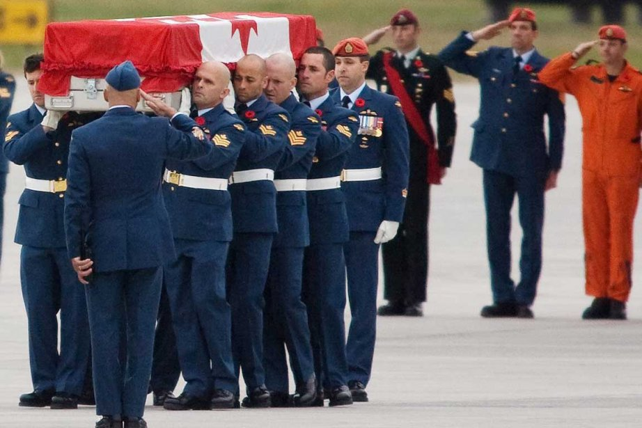 Le sergent Gilbert, âgé de 34 ans, était... (Photo La Presse Canadienne)