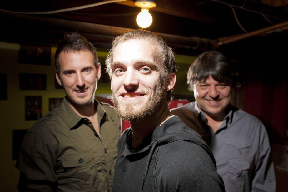 Nicolas Pellerin, au centre, entouré des musiciens Simon... (Photo: André Pichette, La Presse)