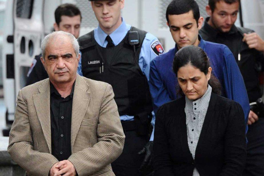 M. Shafia, Mme Yahya et leur fils Hamed... (Photo La Presse Canadienne)
