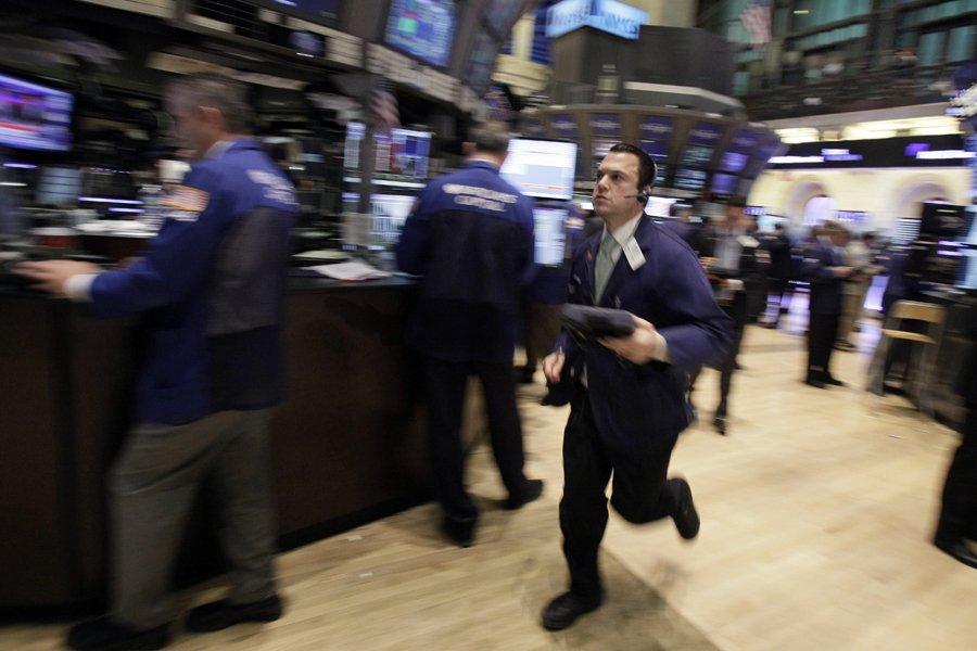 La Bourse de New York a fini en forte baisse mercredi, saisie par... (Photo: AP)