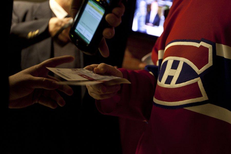 Seuls les détenteurs de billets de saison pourront... (Photo: Olivier PontBriand, La Presse)