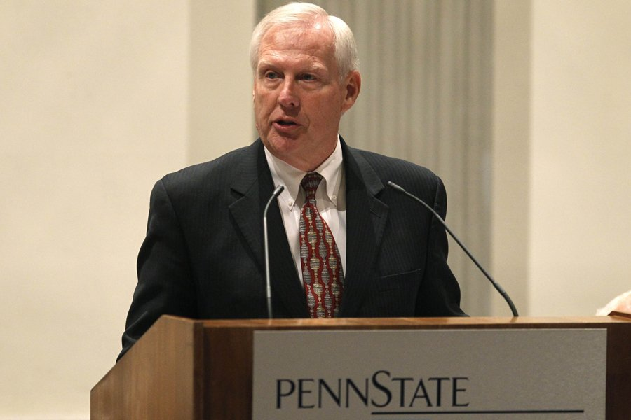 Le président par intérim de l'Université Penn State,... (Photo: Reuters)