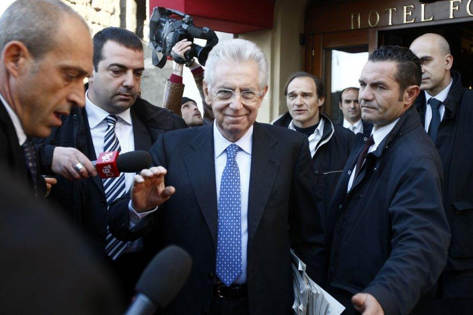 Mario Monti a maintenant la difficile tâche de... (Photo: AP)