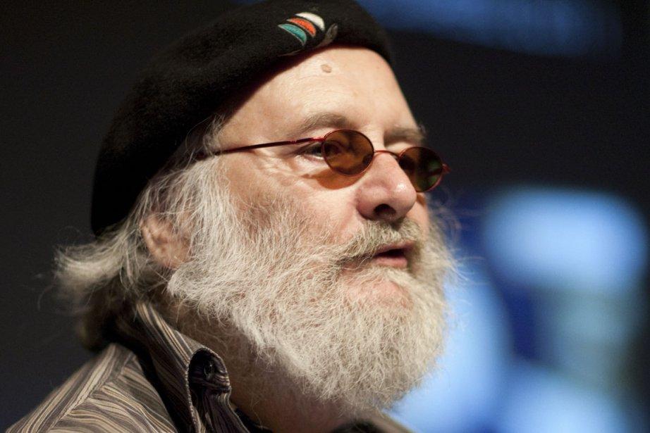 VLB, récent lauréat du prix triennal Gilles-Corbeil, lance... (Photo: André Pichette, La Presse)