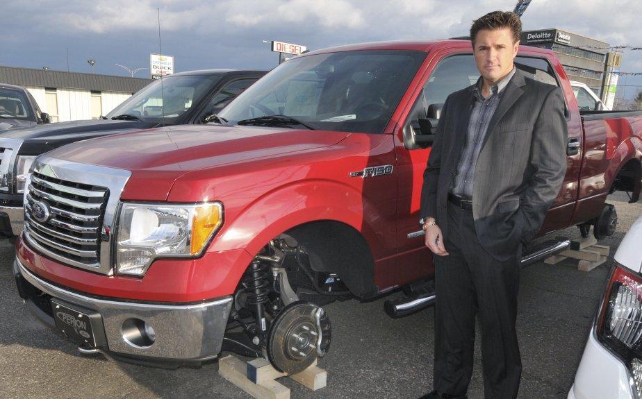 Perron Auto Ford >> 34 pneus et jantes de camions Ford volés | Stéphane Bégin ...