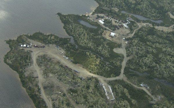 Vue aérienne du camp d'exploration du ProjetRenard (diamant)... (Photo Hugo-Sébastien Aubert, La Presse)