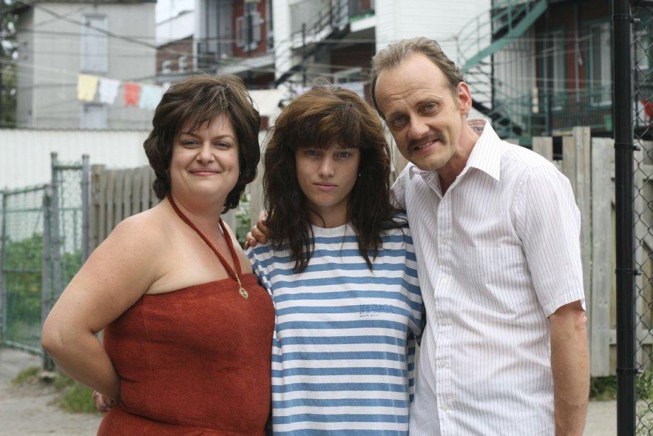 Micheline (Amélie Grenier), Louise (Laurence Leboeuf) et Jean-Guy... (Photo fournie par Radio-Canada)