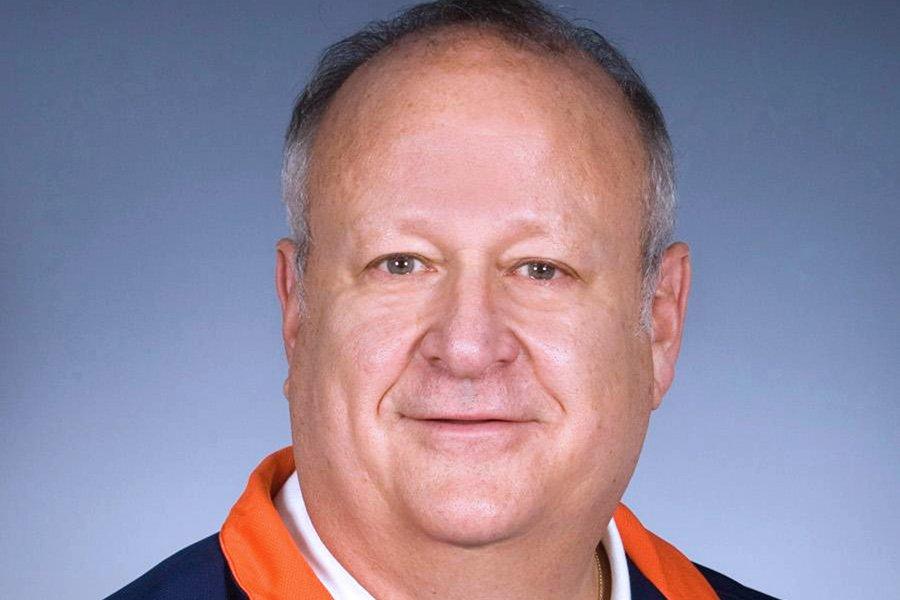 L'entraîneur-adjoint de l'équipe  de basketball de l'Université... (Photo: Bloomberg News)