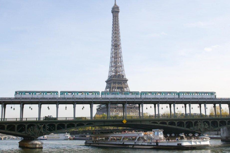 La Tour Eiffel, à Paris... (Photo: archives AFP)