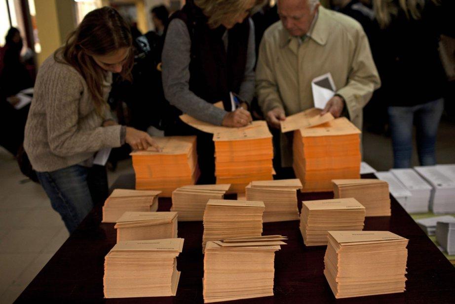 350 députés et 208 sénateurs doivent être élus... (Photo: AP)