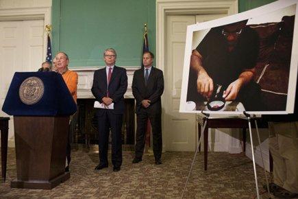 Le maire Michael Bloomberg (à gauche) a fait... (Photo: Reuters)